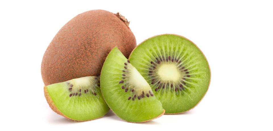 Conoce los cuatro beneficios al comer Kiwi